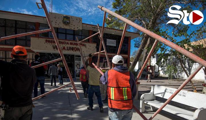 Tras enfrentamientos en Villa Unión, inician reconstrucción