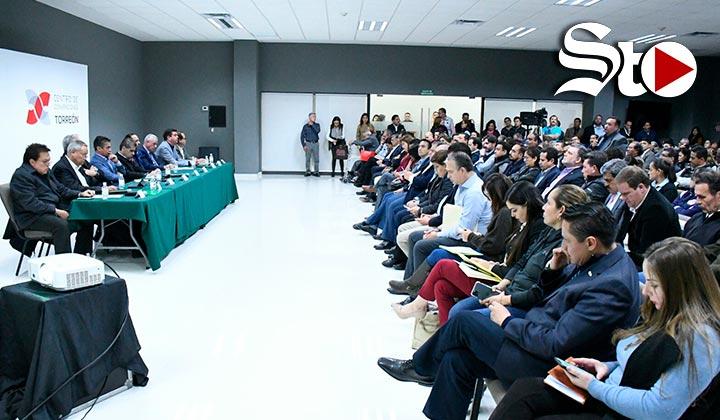 Abren mesas de diálogo tras tragedia en colegio de Torreón