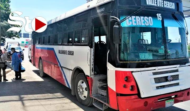 Fallece hombre en Torreón a bordo de autobús