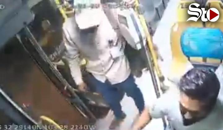 Video capta intento de asalto en camión de Torreón