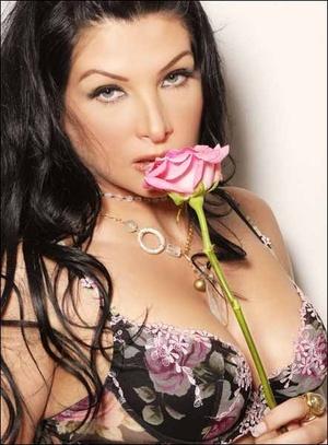 Michelle Mayer Nude Photos 4