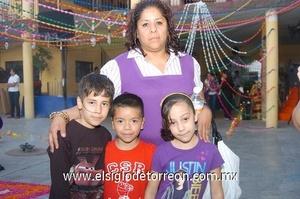 Sra micaela de torreon coahuila mexico - 1 5