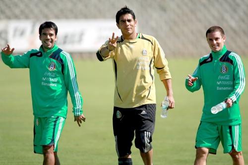 Lucas Ayala se defiende 38ebdf11ddaf5
