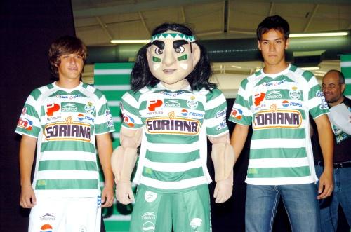 Estrenará Santos Laguna nuevo uniforme para el Apertura 2009 ac39a2ae60078