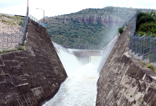 Desfogan presas en Durango, El Siglo de Torreón