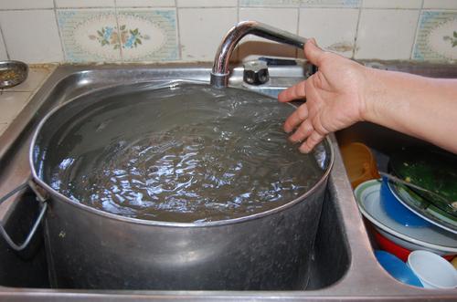 Resultado de imagen para agua de llave sucia