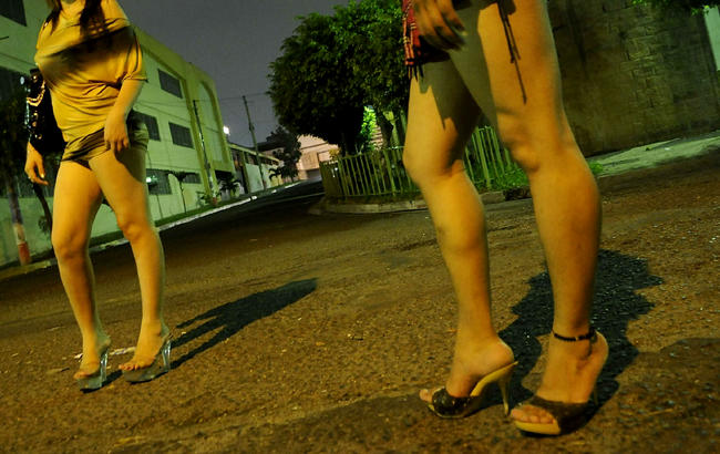prostitutas foz prostitutas en velez malaga