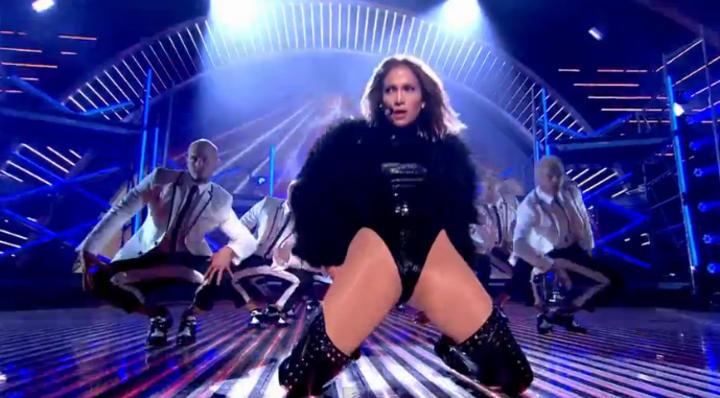 Jennifer Lopez Nue un cul magique - Stars Photos Nus