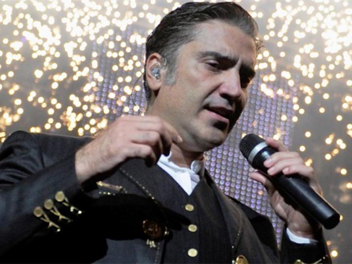 Alejandro fern ndez y juanes en festival acapulco 2014 for Alejandro fernandez en el jardin lyrics