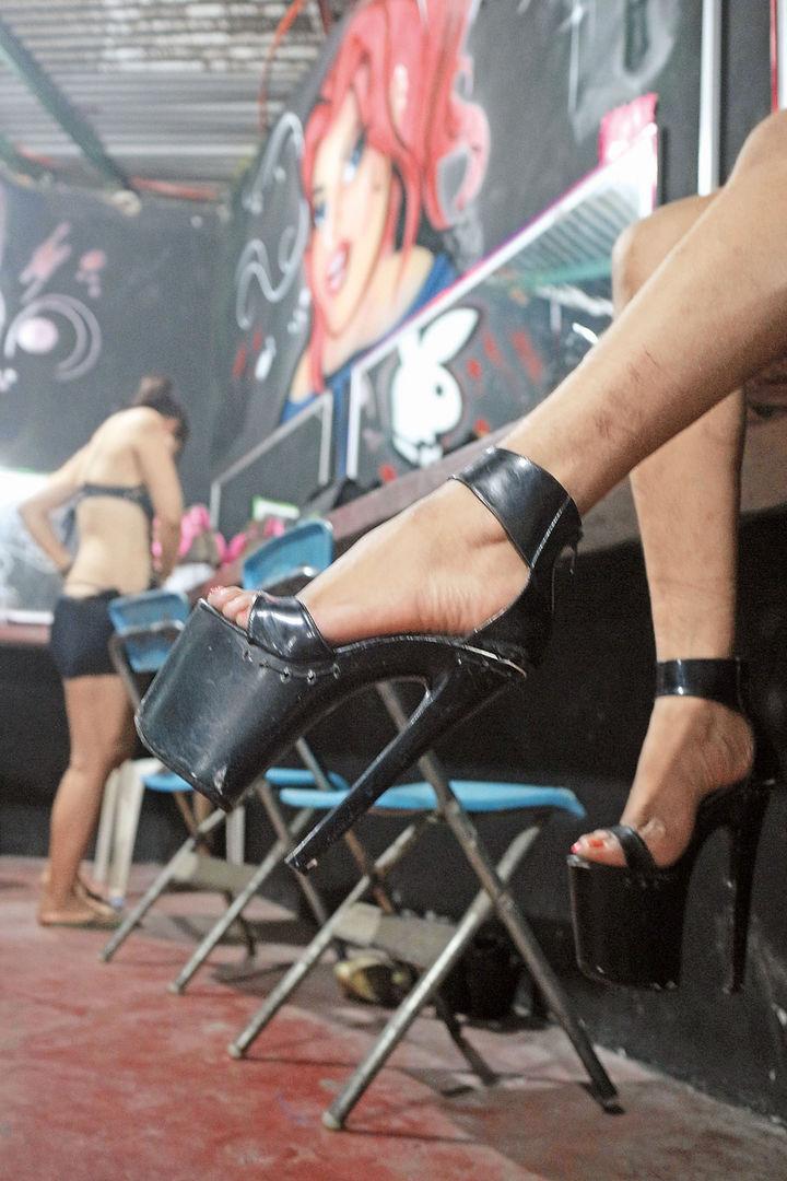 directorio prostitutas baile en San Cristóbal de La Laguna