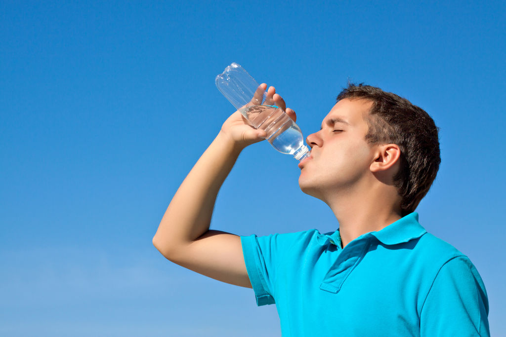 705ac46d3e4 El agua purificada