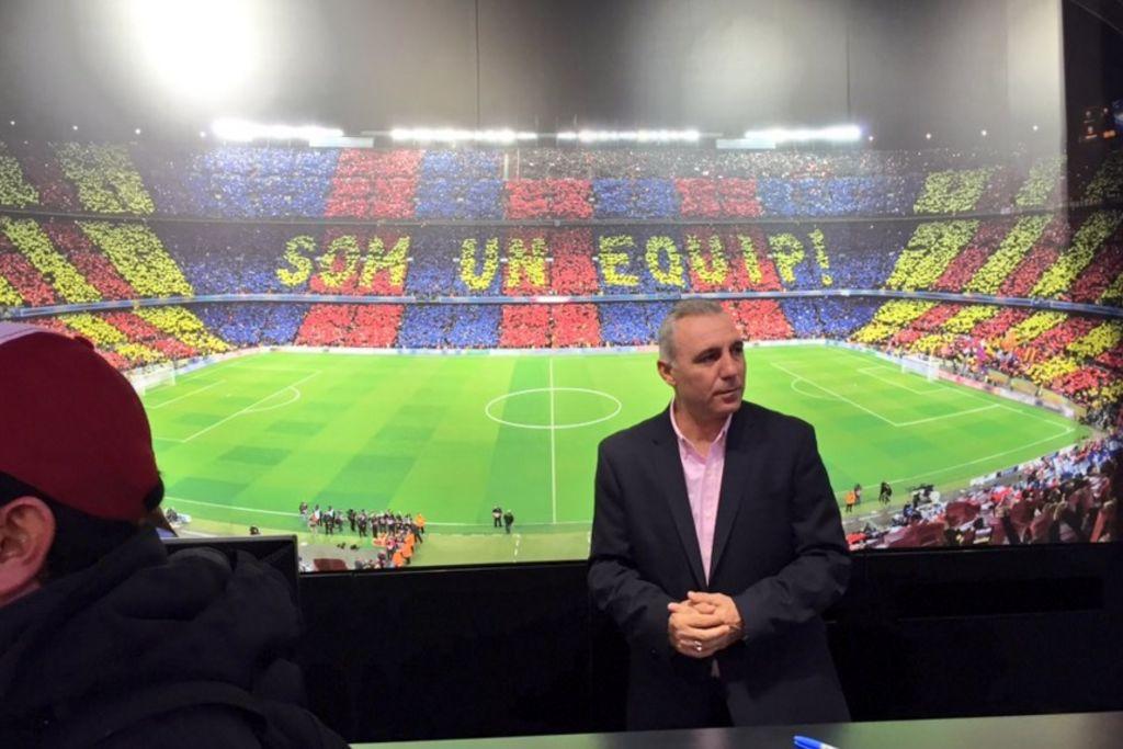 Stoichkov inaugura tienda del Barça en el DF b52e4e39d605a