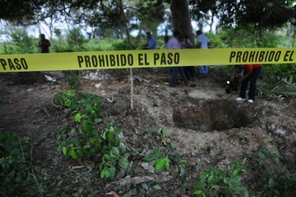 """La """"delincuencia uniformada"""", ocultó cuerpos de La Barranca en E. Zapata: Colectivos. Noticias en tiempo real"""