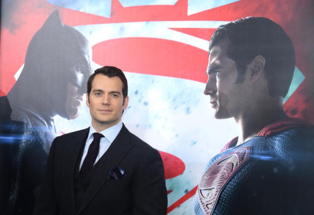 Mánager de Henry Cavill dice que viene un nuevo Superman