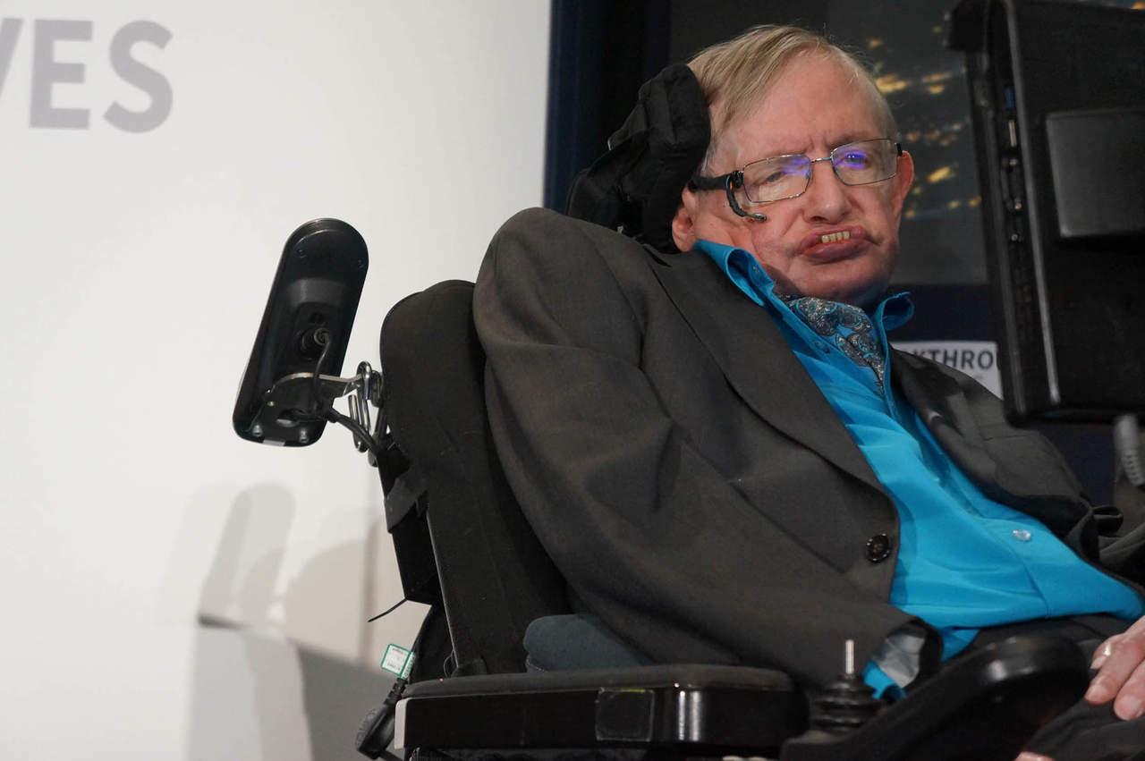 1942  Inicia la vida de Stephen Hawking 931145645ef