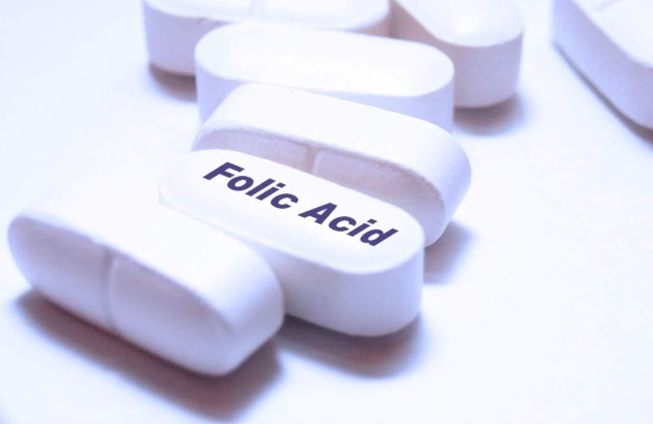 acacf3882 Como medida preventiva toda mujer en edad reproductiva debe consumir 400  mcg (0.4mg)