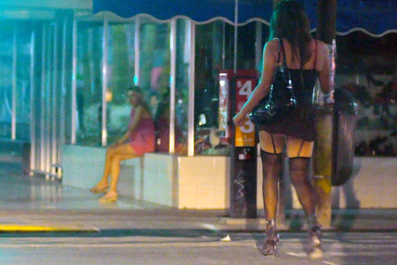 prostitutas san pedro de alcantara prostitución mujeres