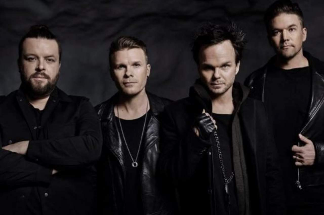 regresa the rasmus con disco in dito. Black Bedroom Furniture Sets. Home Design Ideas