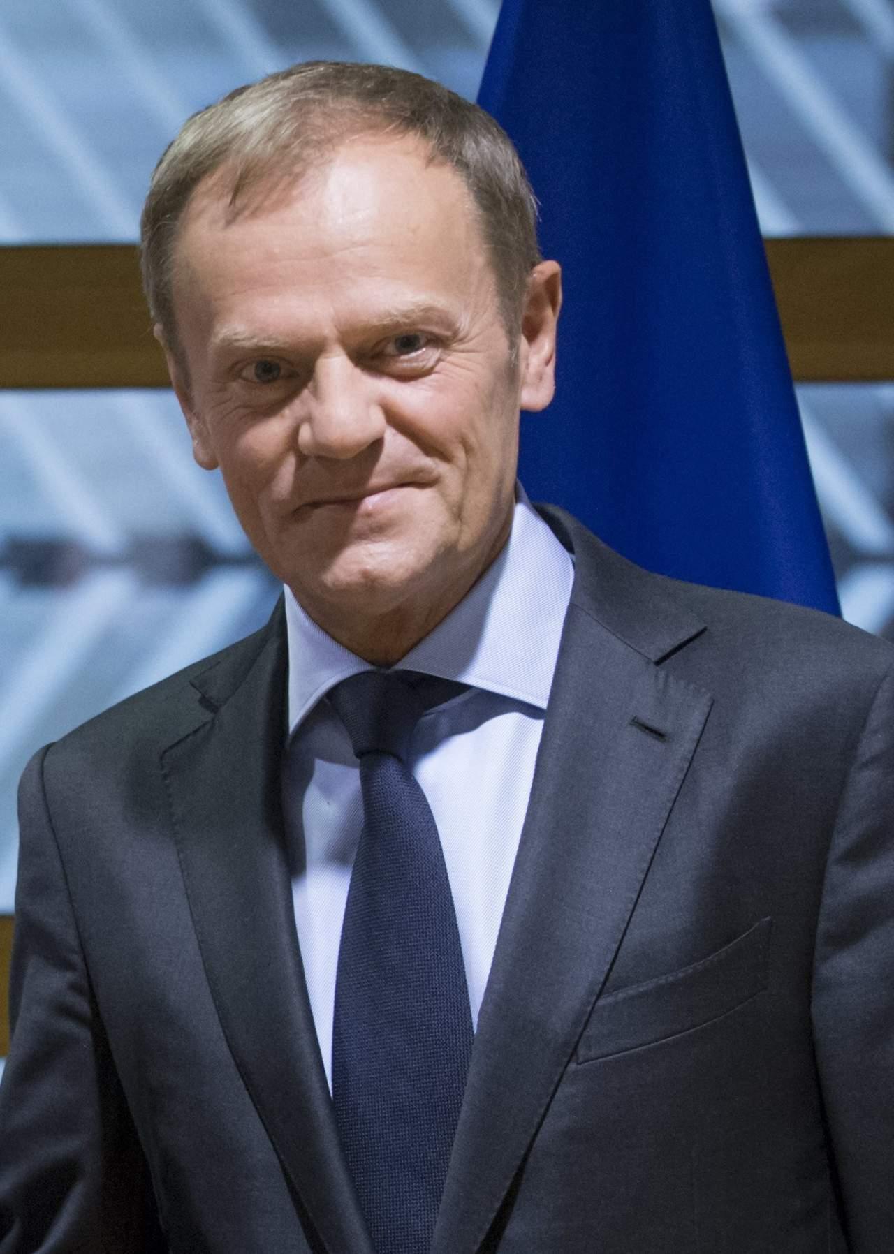 El presidente del consejo europeo felicita a macron por su for Presidente del consejo europeo