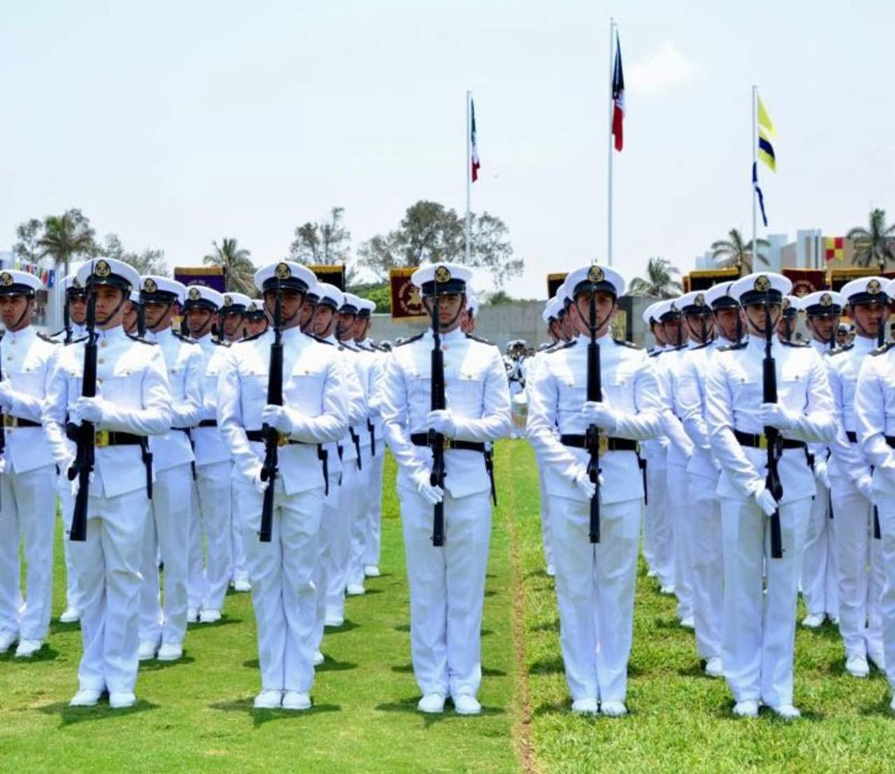 1942 se celebra un d a de la marina por primera ocasi n for Noticias del espectaculo mexicano del dia de hoy