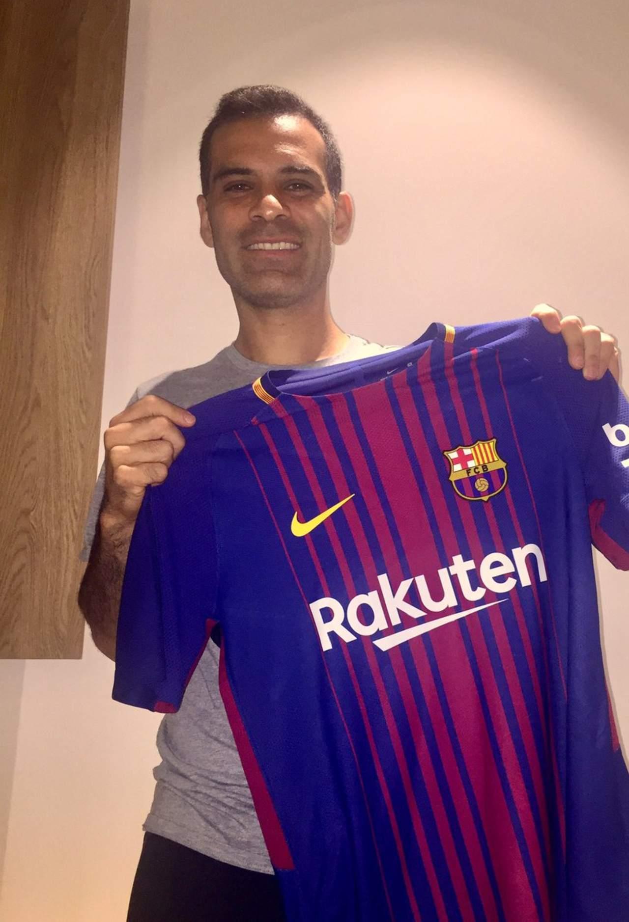 Presume Rafa Márquez su nueva playera del Barcelona 643b15e87b6