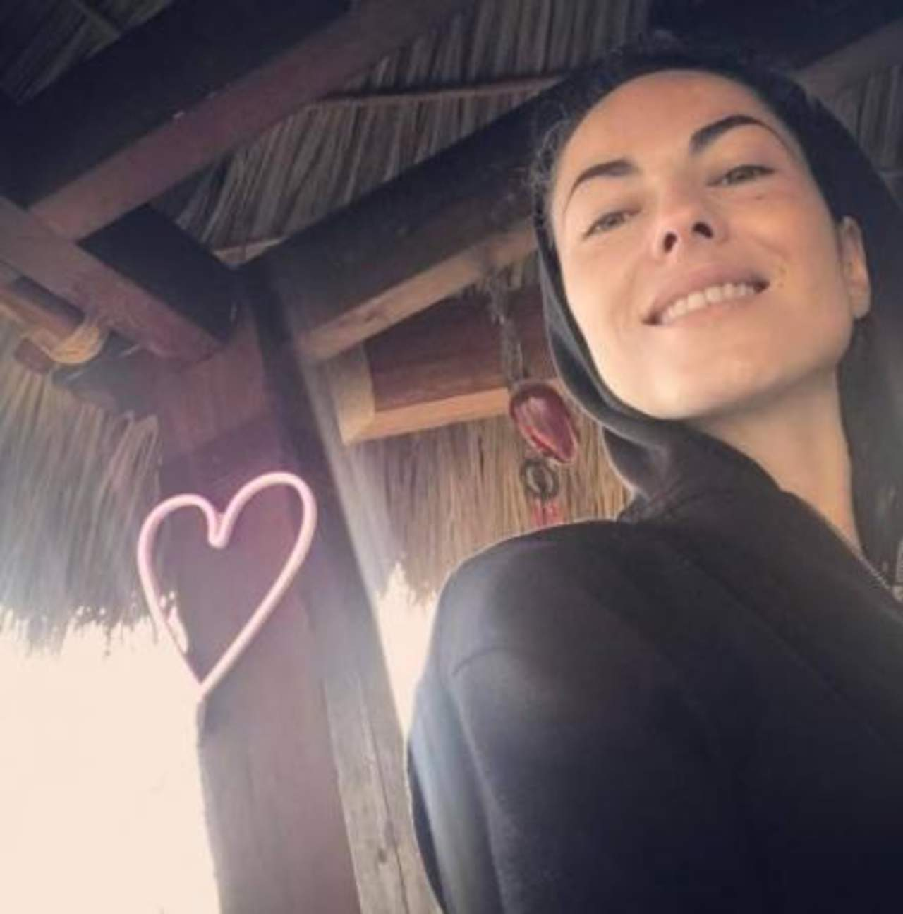 Bárbara Mori se muestra al natural