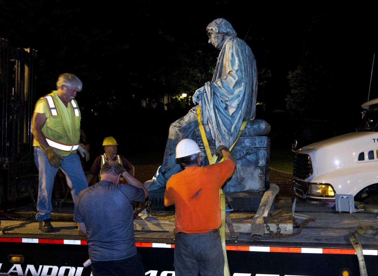 Maryland retira de su capitolio la estatua de un juez for Capitolio eventos jardin