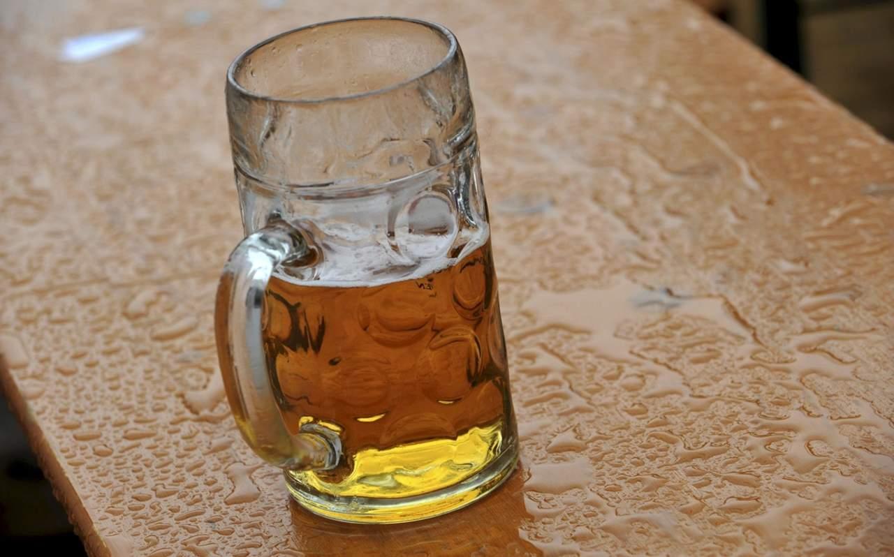 Cerveza sin alcohol, benéfica para la salud digestiva y