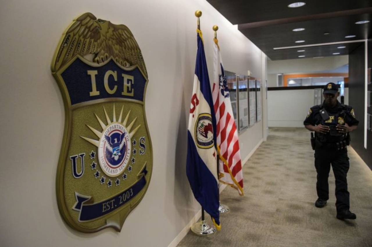 Demandan al ICE  por abusos atroces