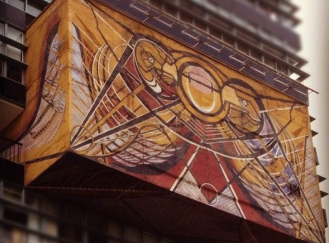 Nuevo s mbolo de la universidad de siqueiros for El mural de siqueiros pelicula