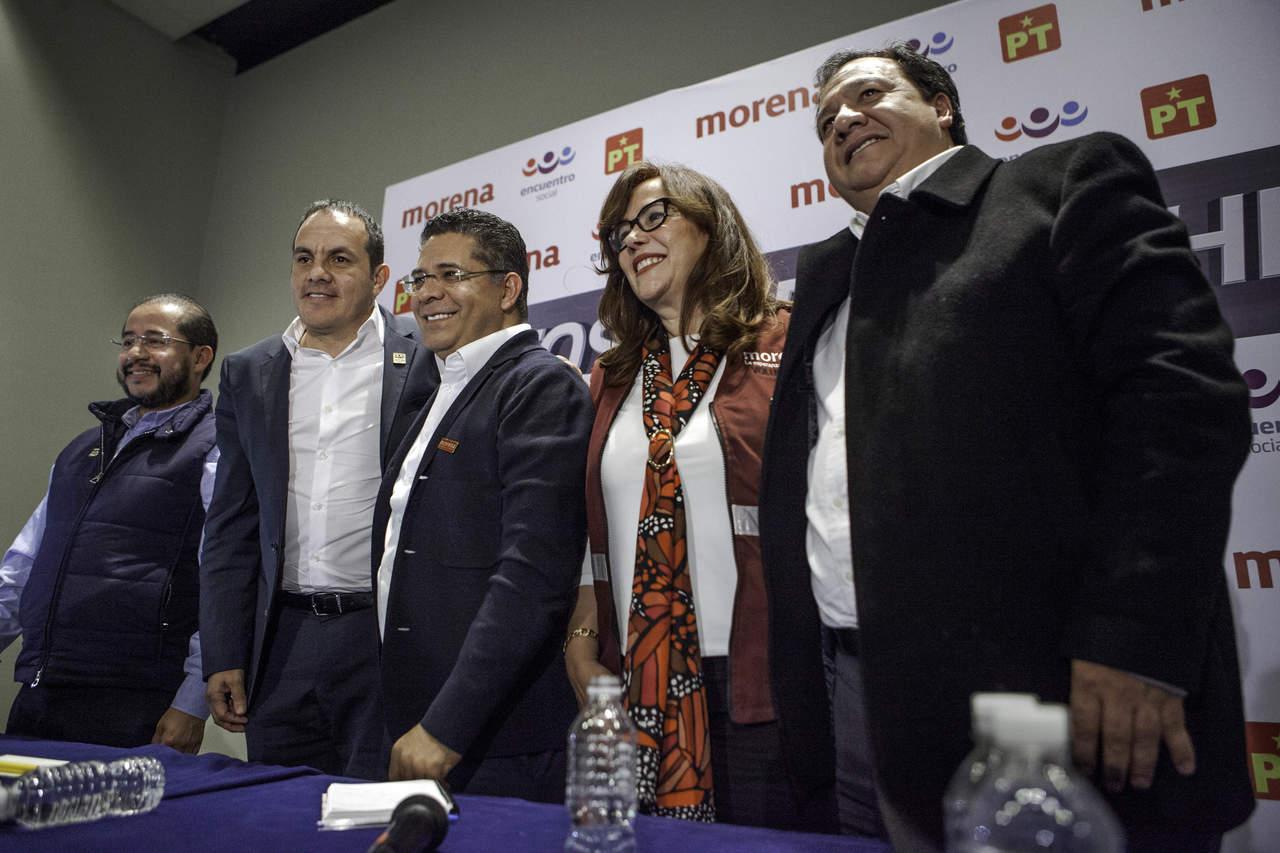 AMLO da bienvenida a Gabriela Cuevas y a Cuauhtémoc Blanco a Morena. Noticias en tiempo real