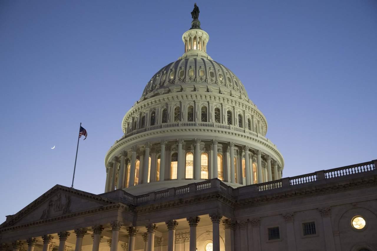 Aprueba Senado terminar cierre del gobierno federal en EU