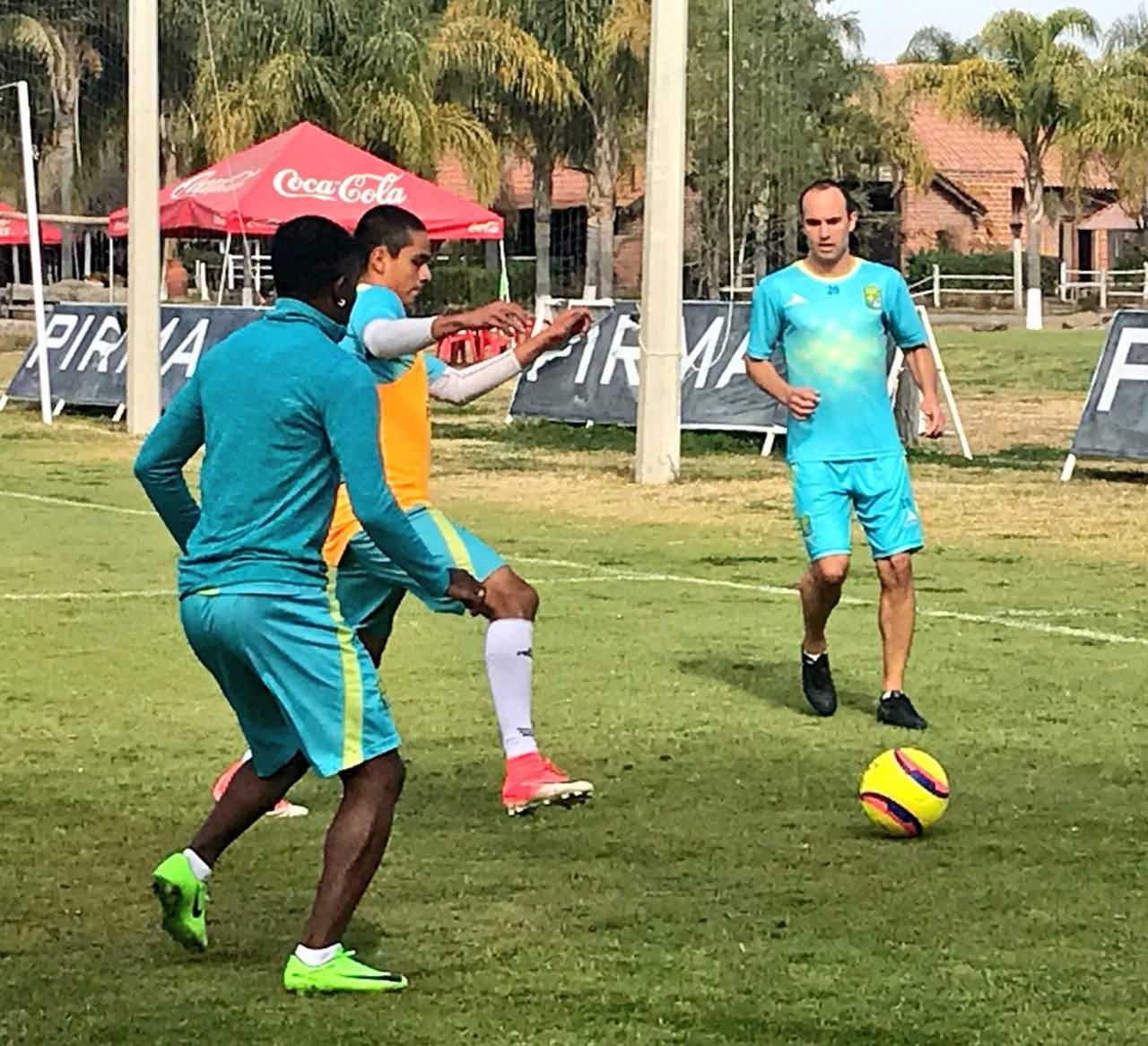 Donovan se integra a los entrenamientos de León