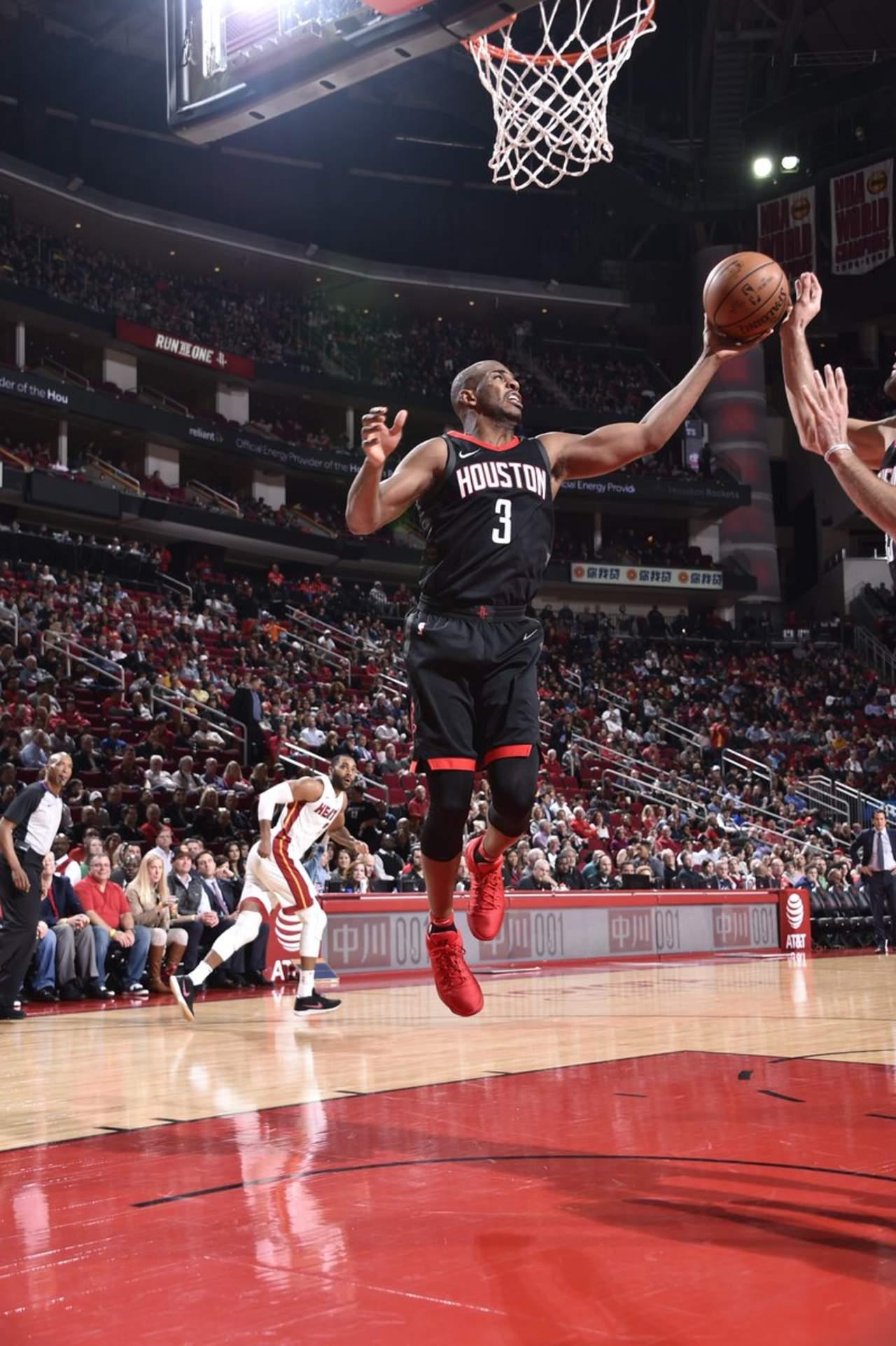Houston llega a tres victorias seguidas; vence a Miami en NBA