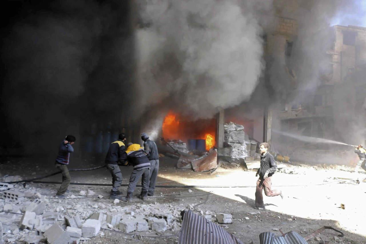 Al menos 66 muertos por ataques aéreos y de artillería en Guta. Noticias en tiempo real