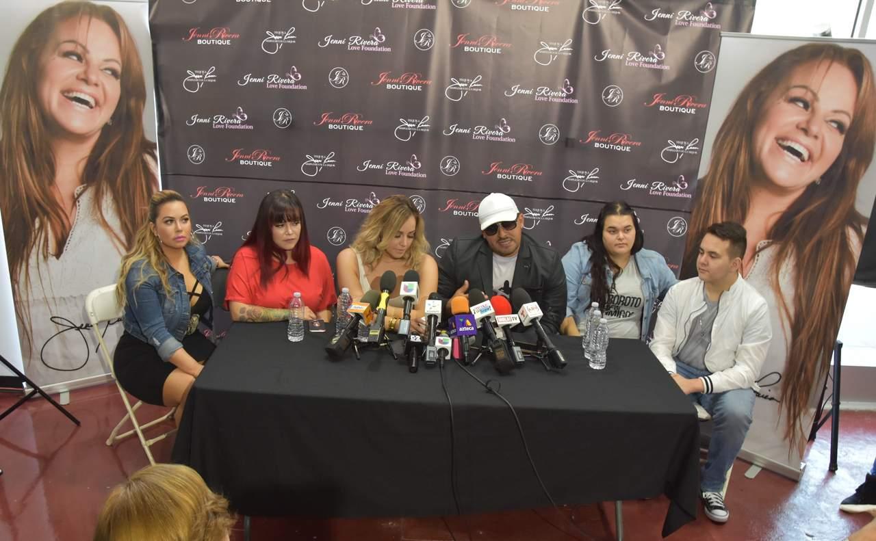 aea279ad4e0 Buscan abrir boutique  Jenni Rivera Fashion  en México