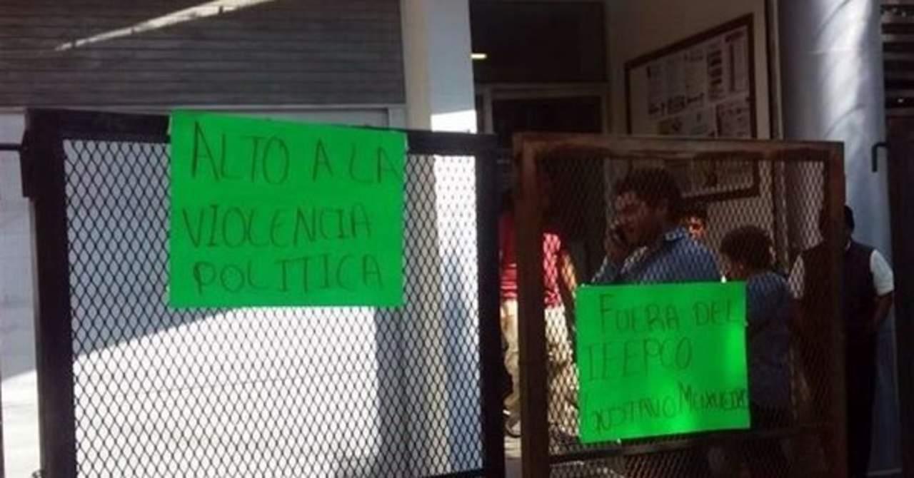 Retienen a funcionarios electorales en Oaxaca. Noticias en tiempo real