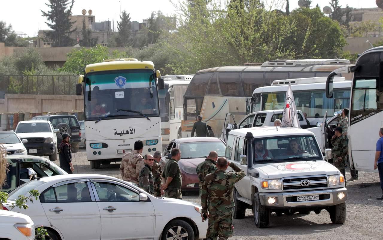 Evacuación de rebeldes y civiles se retrasa en Guta Oriental. Noticias en tiempo real
