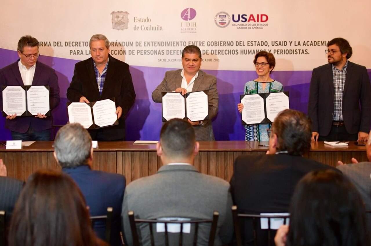 Estado firma convenio de protección a periodistas y activistas. Noticias en tiempo real