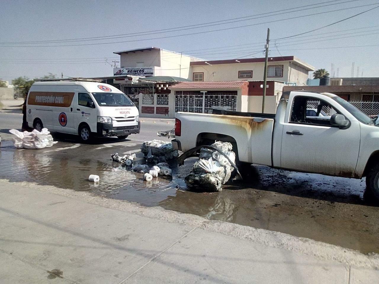 Se incendia camioneta que transportaba diésel en Torreón. Noticias en tiempo real
