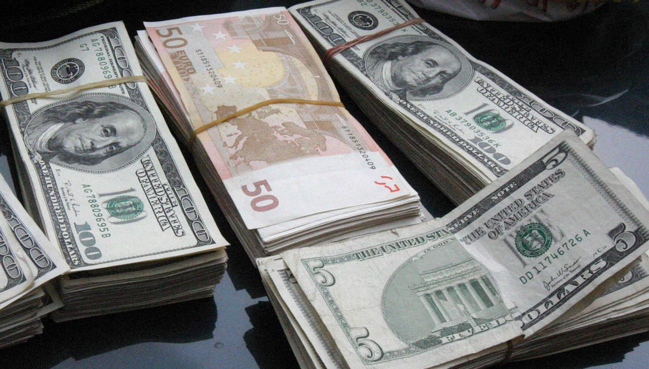 Dólar abre a la venta a 20.96 pesos. Noticias en tiempo real
