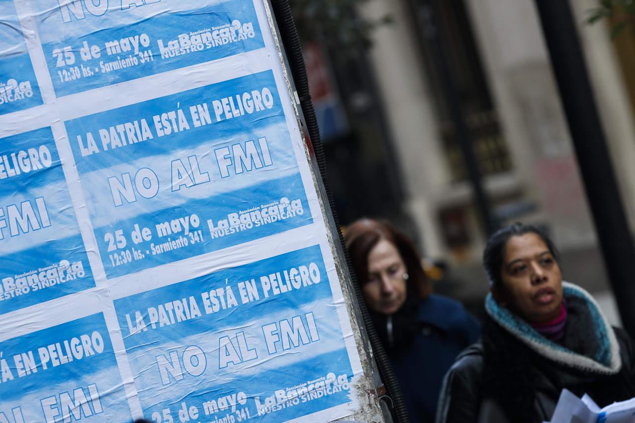 Directorio del FMI aprueba préstamo para Argentina por 50 mmdd. Noticias en tiempo real