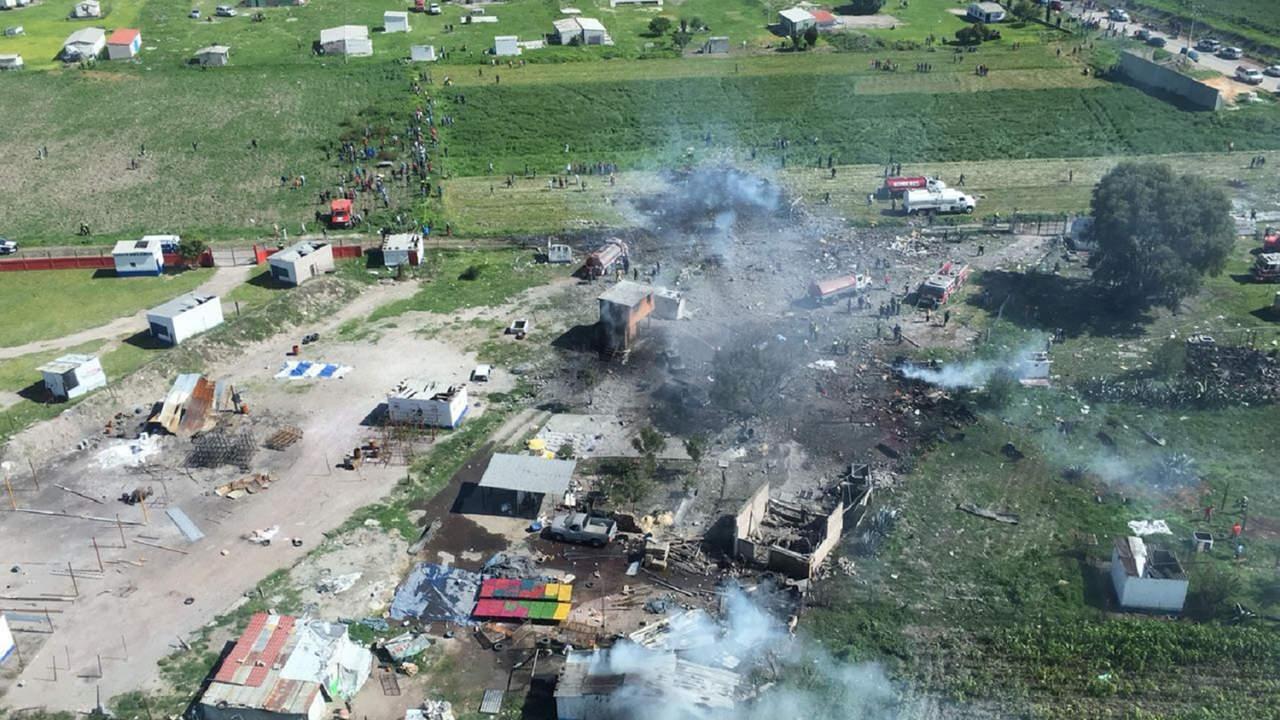 Van 19 muertos por explosiones en Tultepec. Noticias en tiempo real