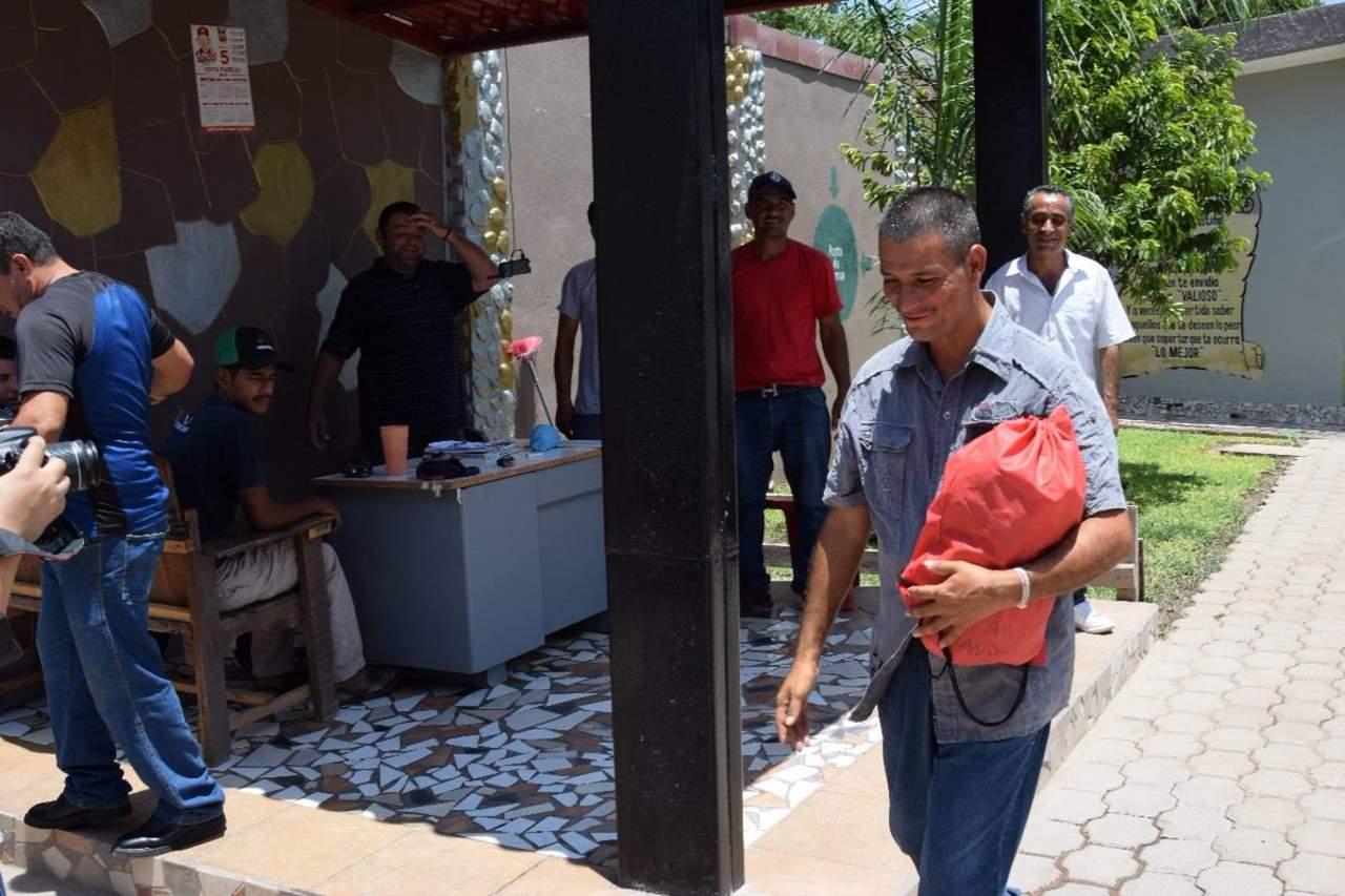 Hallan a hijo desaparecido en Sinaloa luego de 9 años. Noticias en tiempo real