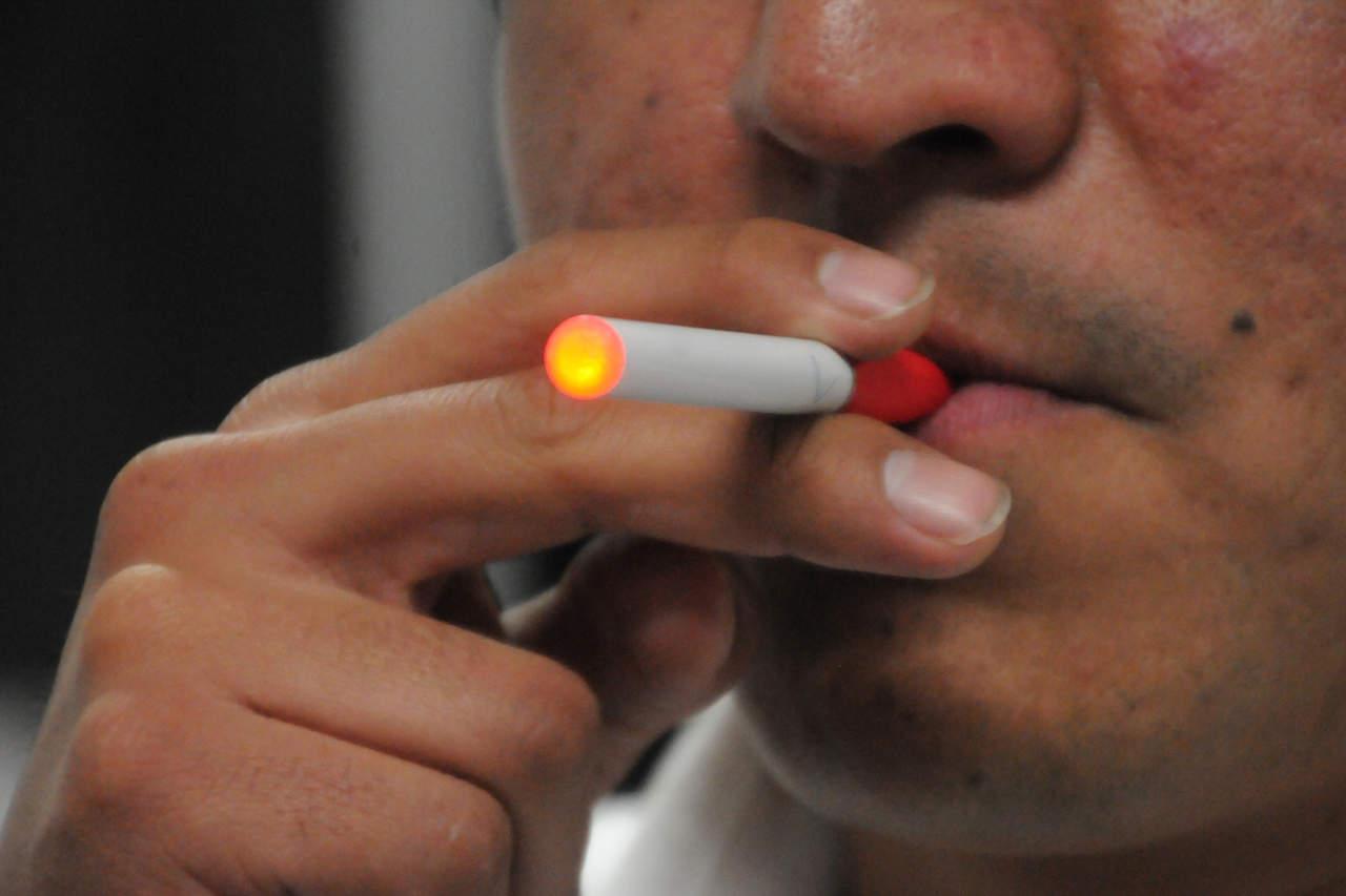Cigarrillo electrónico, sin daños a la salud, revelan estudios