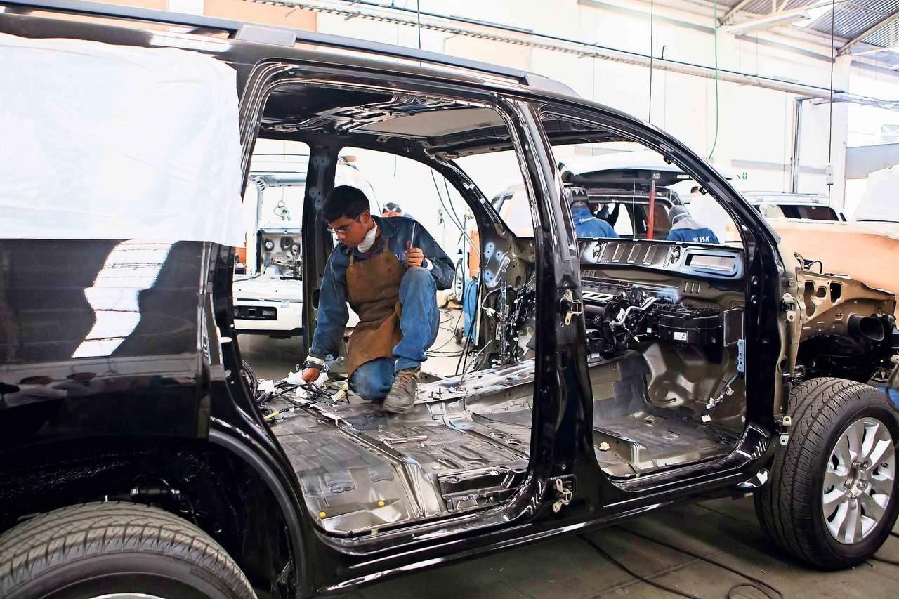 Gasta gobierno 973 millones de pesos en blindaje para autos. Noticias en tiempo real