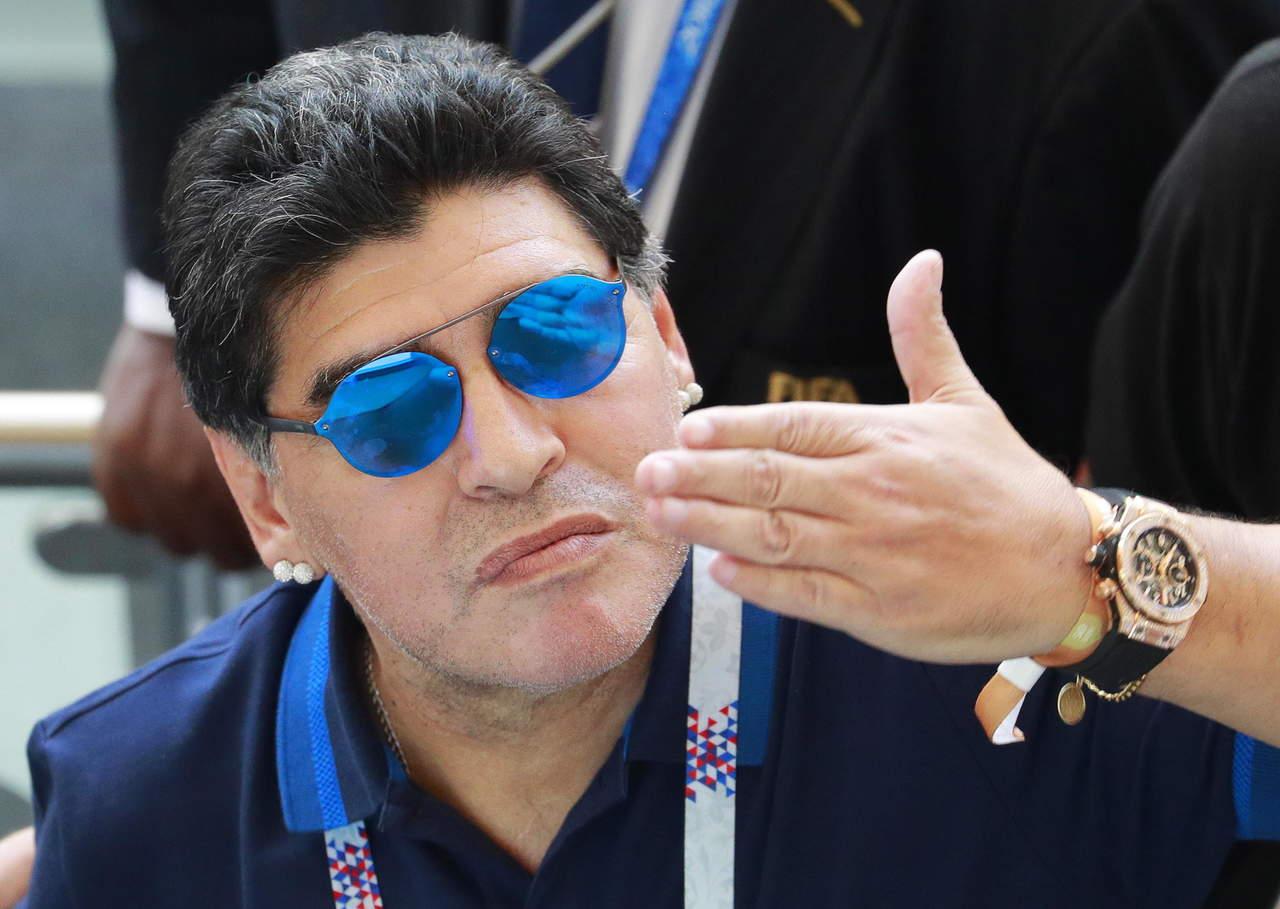 Maradona será presentado el lunes con Dorados. Noticias en tiempo real
