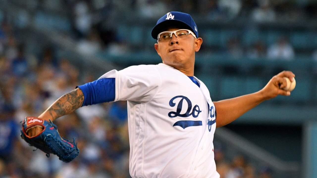 El mexicano Urías, considerado para jugar playoffs con Dodgers. Noticias en tiempo real