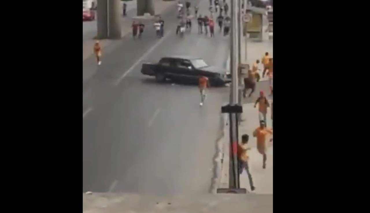 Localizan vehículo que participó en altercado entre Rayados y Tigres. Noticias en tiempo real