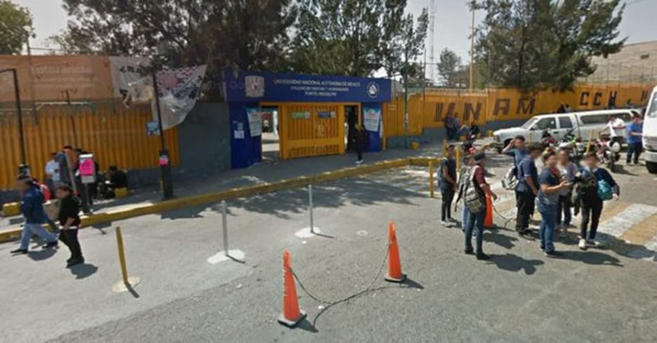 Alumnos del CCH Naucalpan hacen paro de labores tras agresiones. Noticias en tiempo real